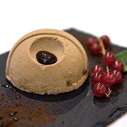 Cupula de cafe con crujiente de chocolate